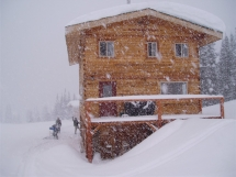 Valkyr Lodge