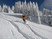 Valkyr Lodge powder skiing