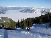 Spring skiing at Valkyr Lodge