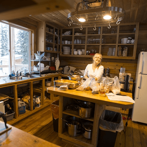 Hilda Hut Kitchen